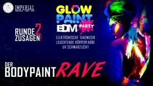 Till Krimsen vom Berliner Sound auf der Glow Paint Party im Imperial Club Berlin